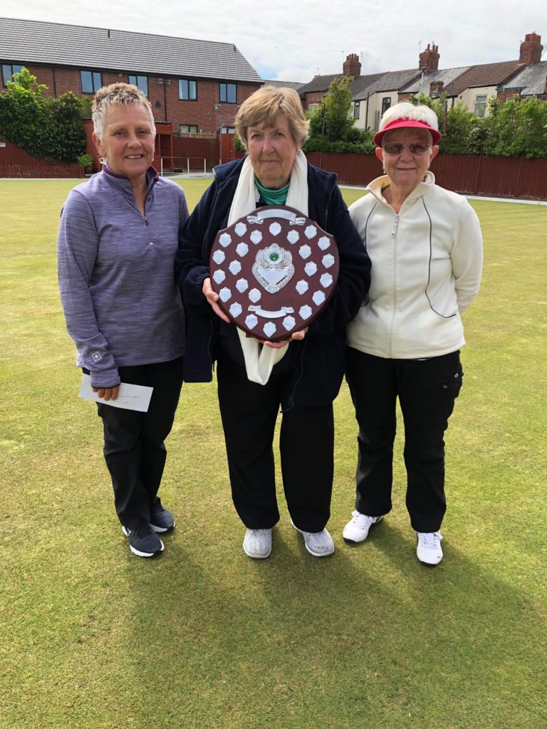 Sue Lewis Ladies Veterans Champion